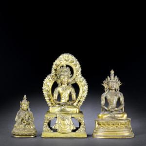 figuras de bronce dorado de Amitayus